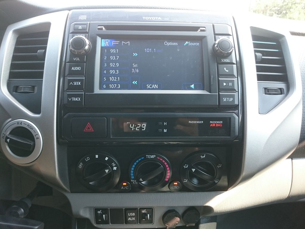 Green[Spruce Mica] 2013 Toyota Tacoma Central Dash Options Photo in Kelowna BC