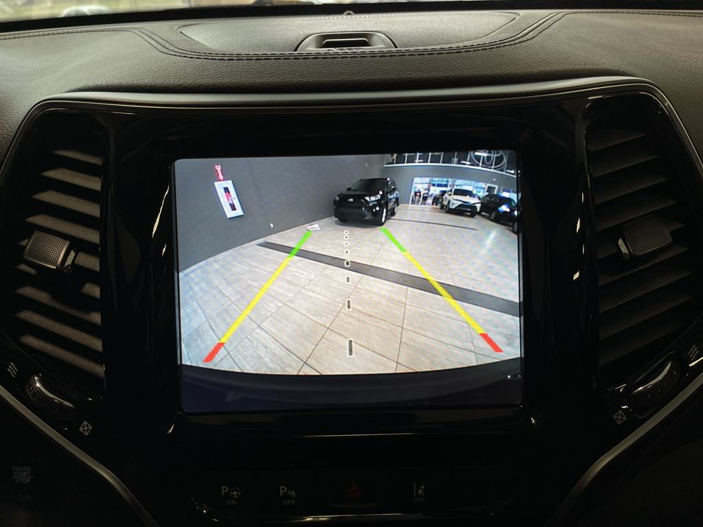 Black 2019 Jeep Cherokee Limited Engine Compartment Photo in Edmonton AB