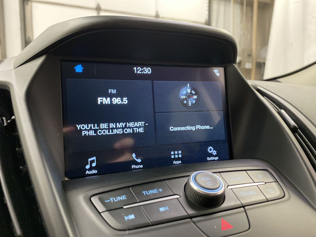 Red[Ruby Red Metallic Tinted Clearcoat] 2019 Ford Escape Radio Controls Closeup Photo in Dartmouth NS