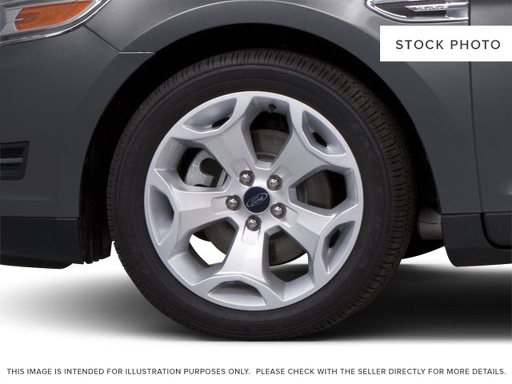 2010 Ford Taurus Left Front Rim and Tire Photo in Brandon MB