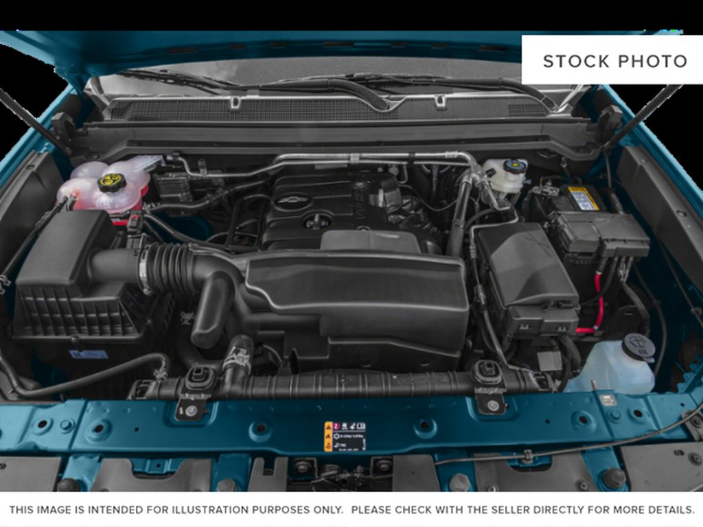 Silver[Silver Ice Metallic] 2019 Chevrolet Colorado Engine Compartment Photo in Fort Macleod AB