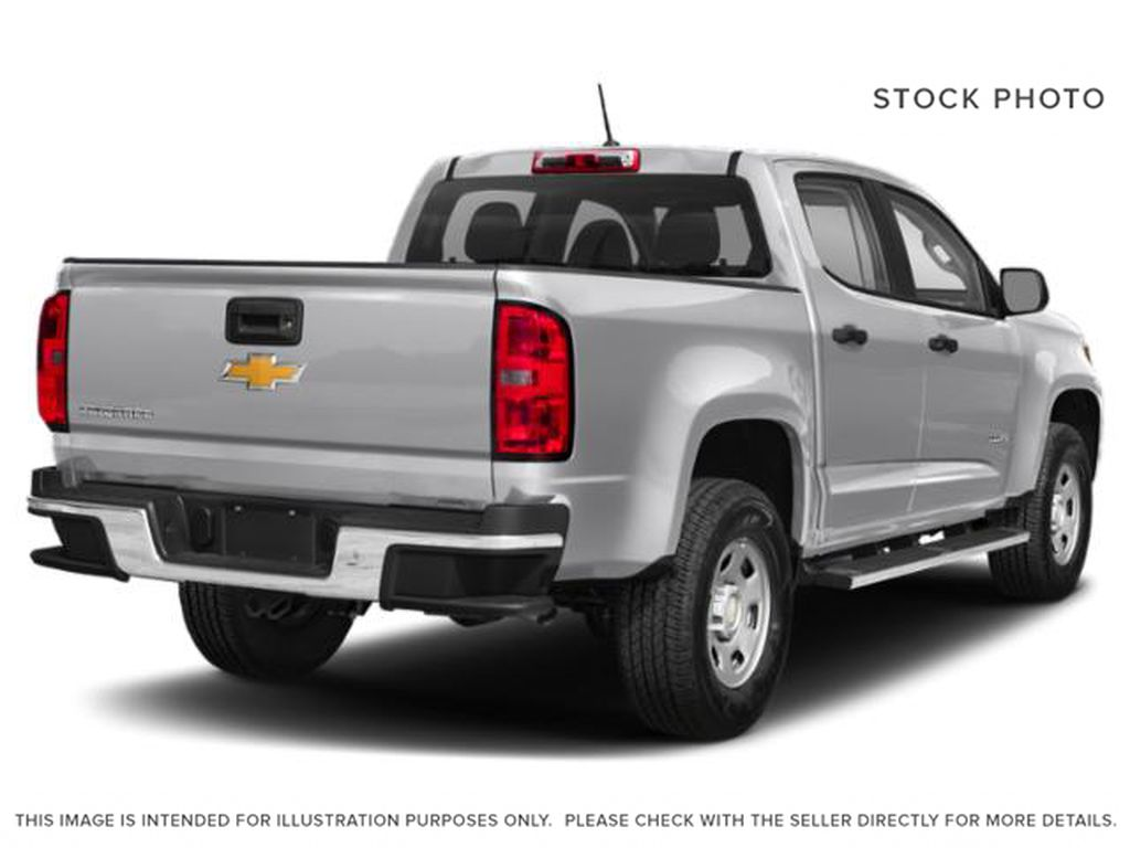 Silver[Silver Ice Metallic] 2019 Chevrolet Colorado Right Rear Corner Photo in Fort Macleod AB