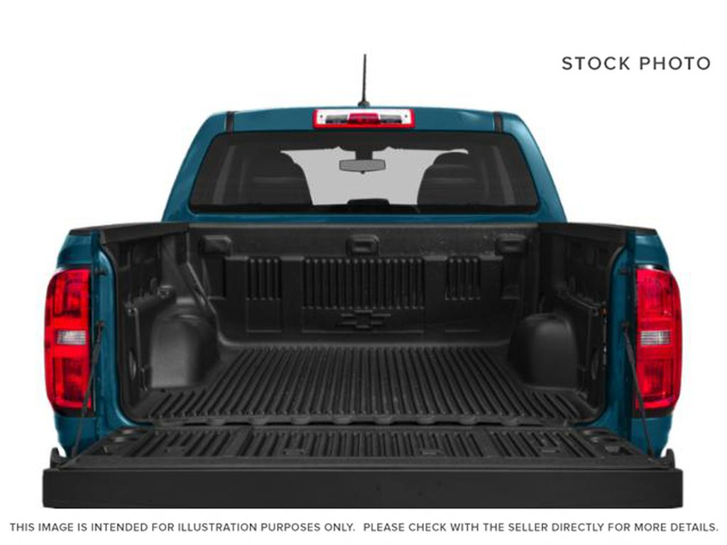 Silver[Silver Ice Metallic] 2019 Chevrolet Colorado Trunk / Cargo Area Photo in Fort Macleod AB