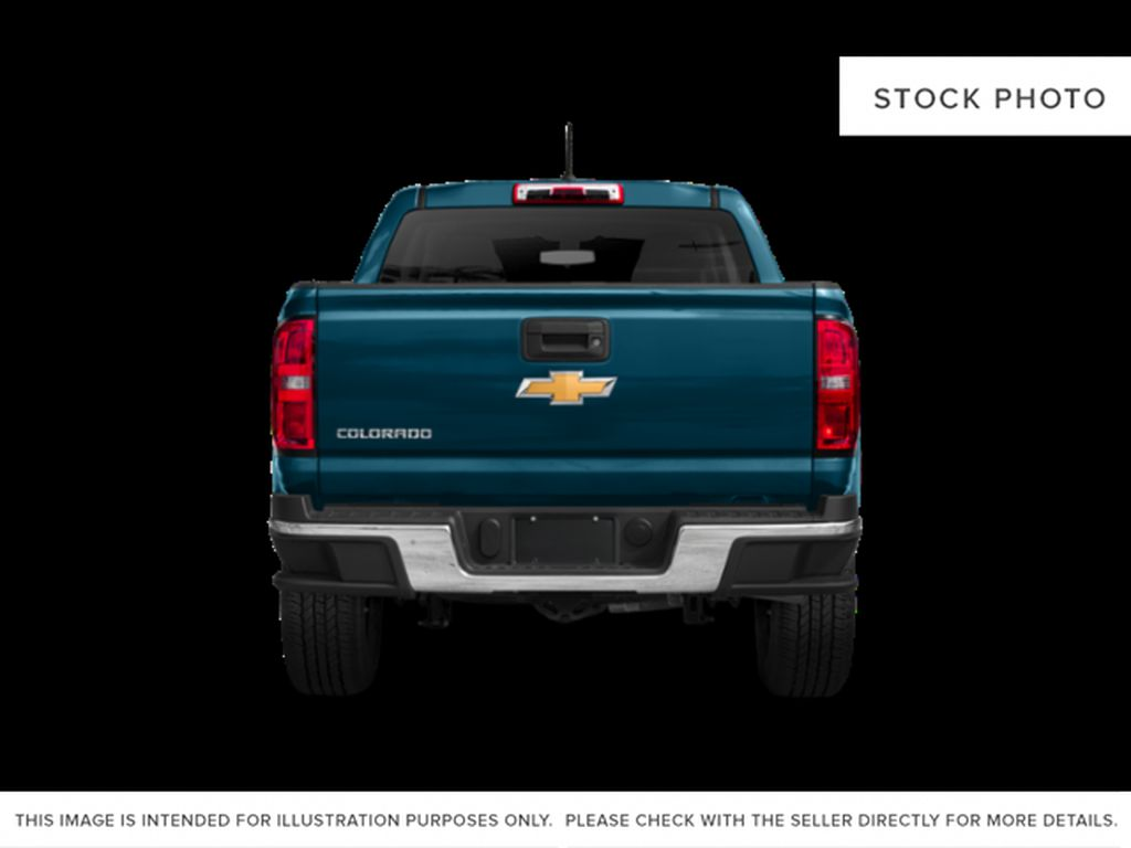 Silver[Silver Ice Metallic] 2019 Chevrolet Colorado Rear of Vehicle Photo in Fort Macleod AB
