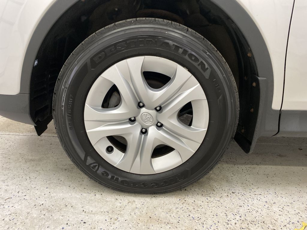 2015 Toyota RAV4 Left Front Rim and Tire Photo in Dartmouth NS