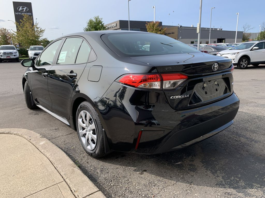 Black[Black Sand Pearl] 2021 Toyota Corolla LE Standard Package BPRBLC AM Left Front Interior Door Panel Photo in Brampton ON