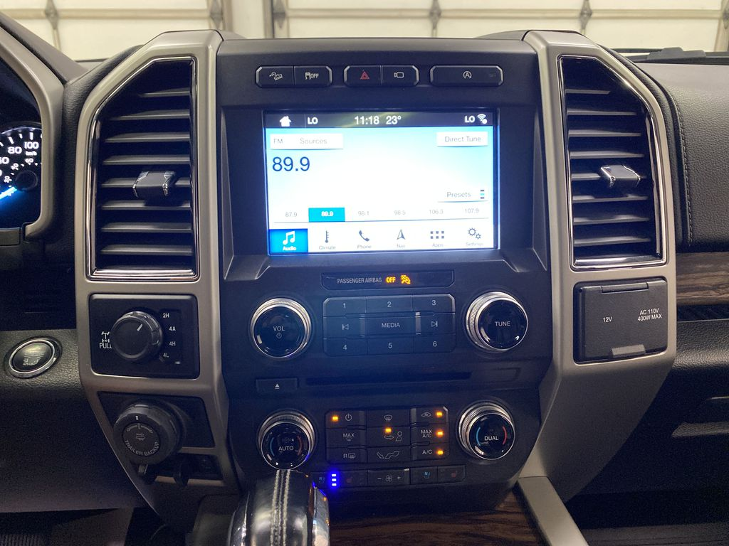 White[Oxford White] 2018 Ford F-150 Central Dash Options Photo in Dartmouth NS