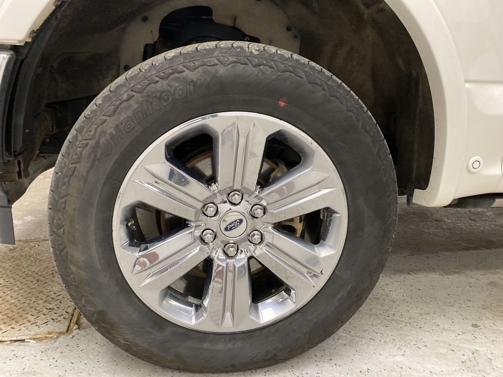 White[Oxford White] 2018 Ford F-150 Left Front Rim and Tire Photo in Dartmouth NS