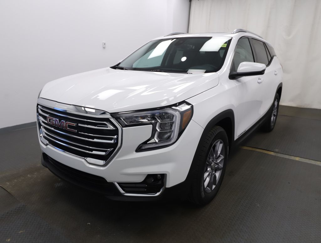 White 2022 GMC Terrain Left Front Head Light / Bumper and Grill in Lethbridge AB