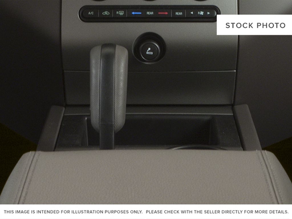 White[White Platinum Metallic Tri-Coat] 2014 Ford Expedition Max Center Console Photo in Fort Macleod AB