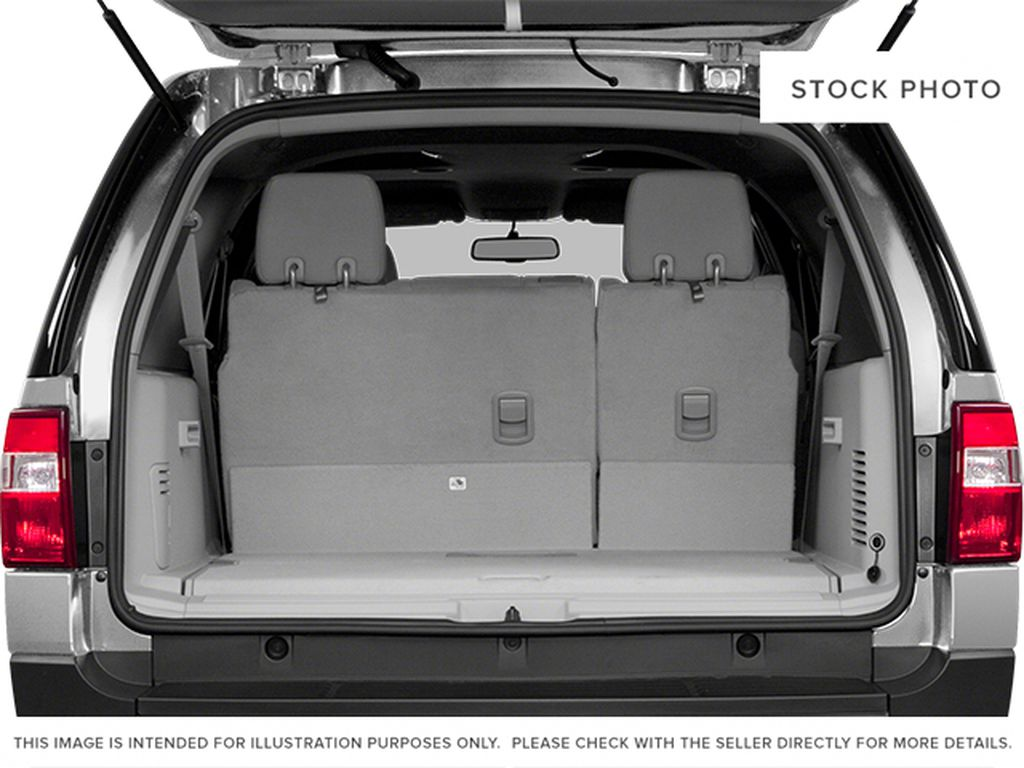 White[White Platinum Metallic Tri-Coat] 2014 Ford Expedition Max Trunk / Cargo Area Photo in Fort Macleod AB