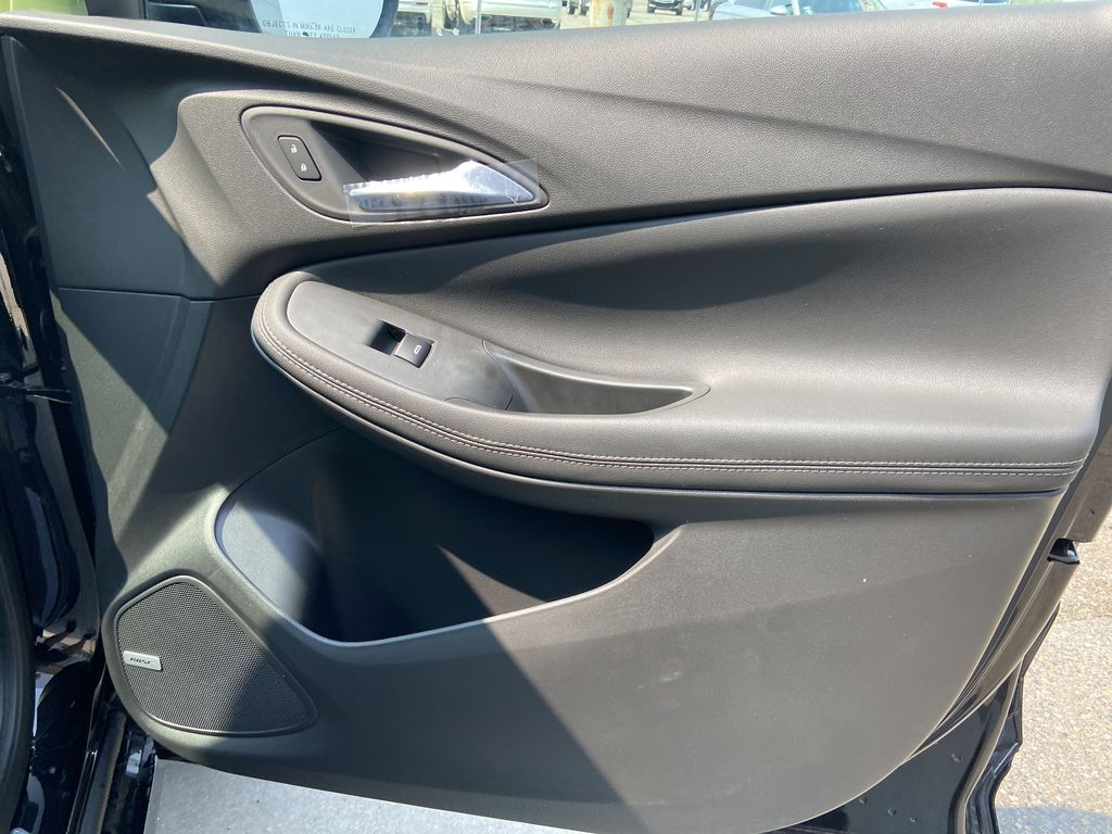 Black[Ebony Twilight Metallic] 2022 Buick Encore GX Essence Right Front Interior Door Panel Photo in Calgary AB