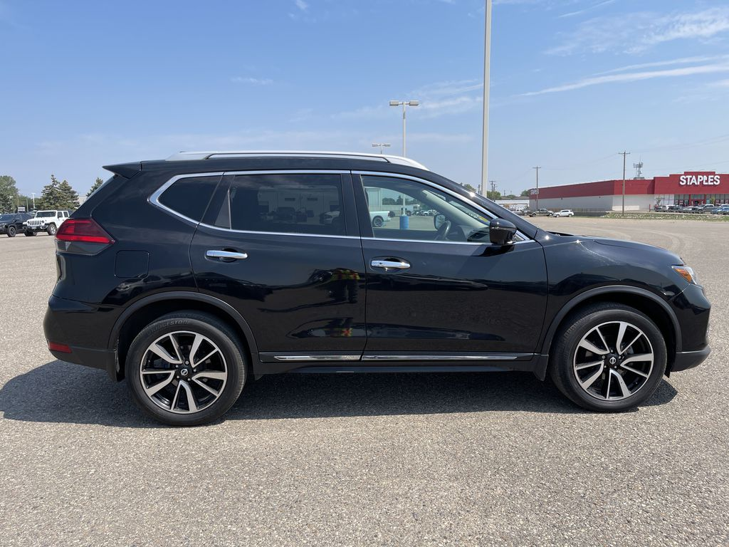 2017 Nissan Rogue AWD 4dr S *Ltd Avail* *Heated Wheel/Seats * Nav *Sunroof* Right Side Photo in Brandon MB