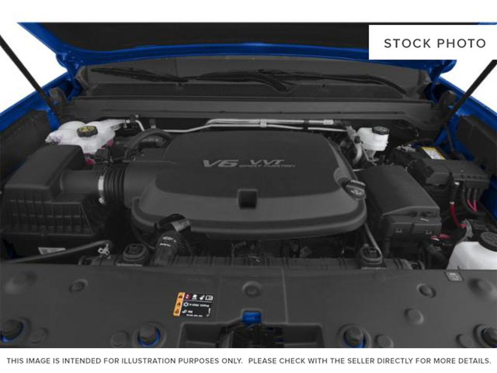 2021 GMC Canyon Engine Compartment Photo in Medicine Hat AB