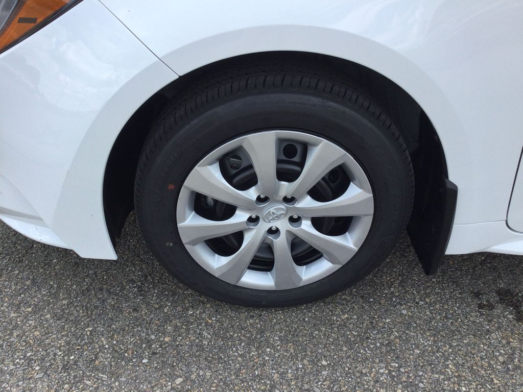 White[Blizzard Pearl] 2021 Toyota Corolla Left Front Rim and Tire Photo in Brockville ON