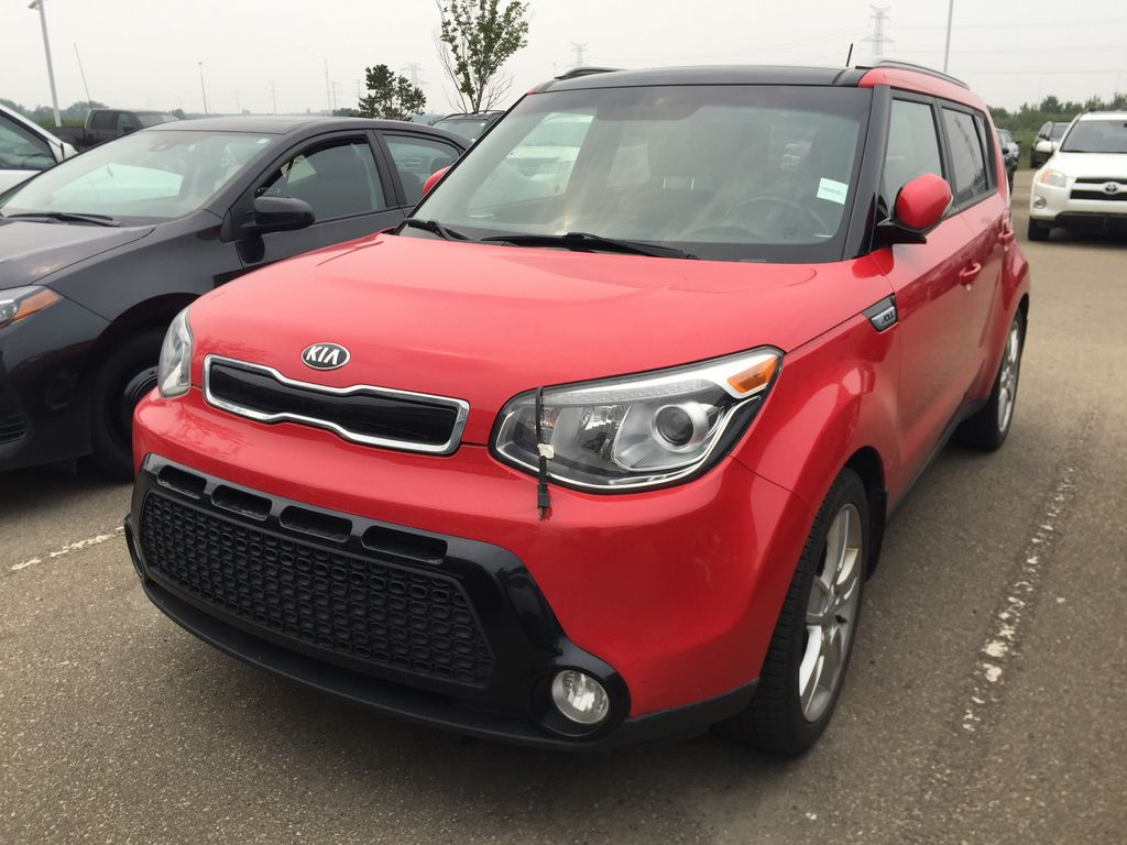 Red[Inferno Red] 2015 Kia Soul SX HATCHBACK Left Side Photo in Sherwood Park AB