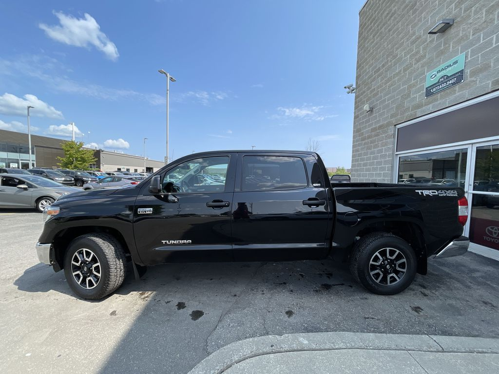 Black 2018 Toyota Tundra Left Front Rim and Tire Photo in Brampton ON
