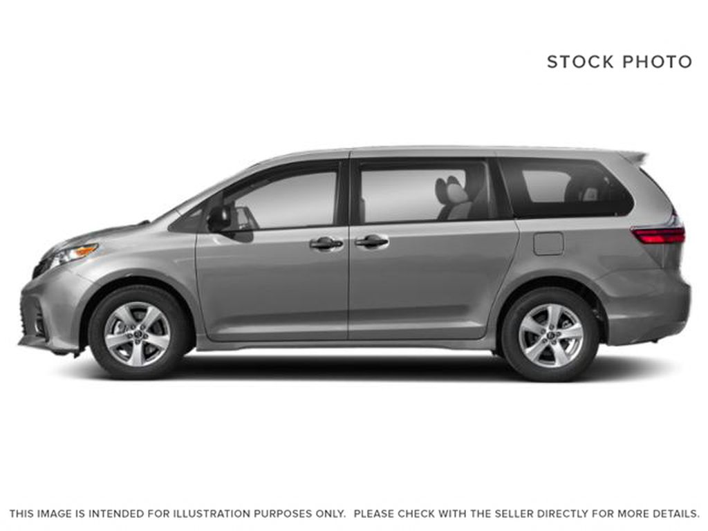Silver[Silver Sky Metallic] 2018 Toyota Sienna Left Front Rim and Tire Photo in Brockville ON
