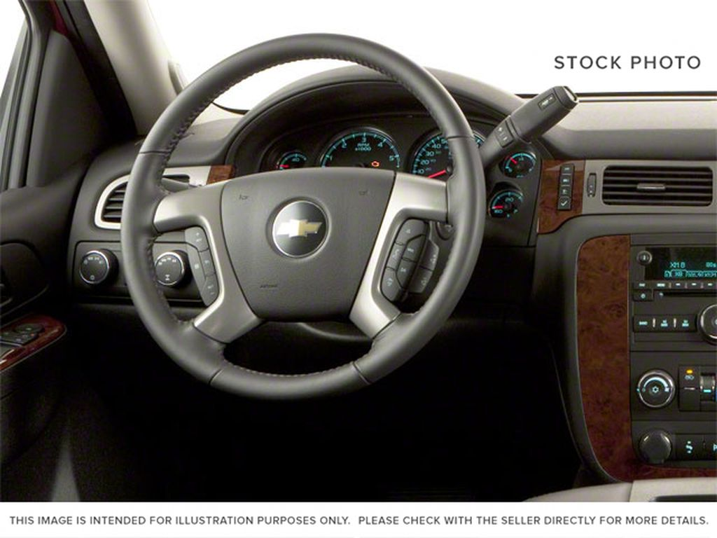 Brown 2010 Chevrolet Avalanche Steering Wheel and Dash Photo in Westlock AB