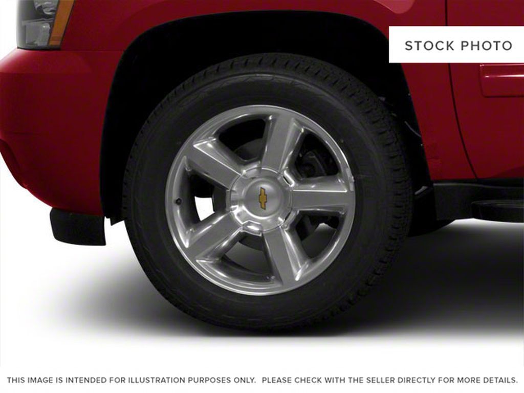 Brown 2010 Chevrolet Avalanche Left Front Rim and Tire Photo in Westlock AB