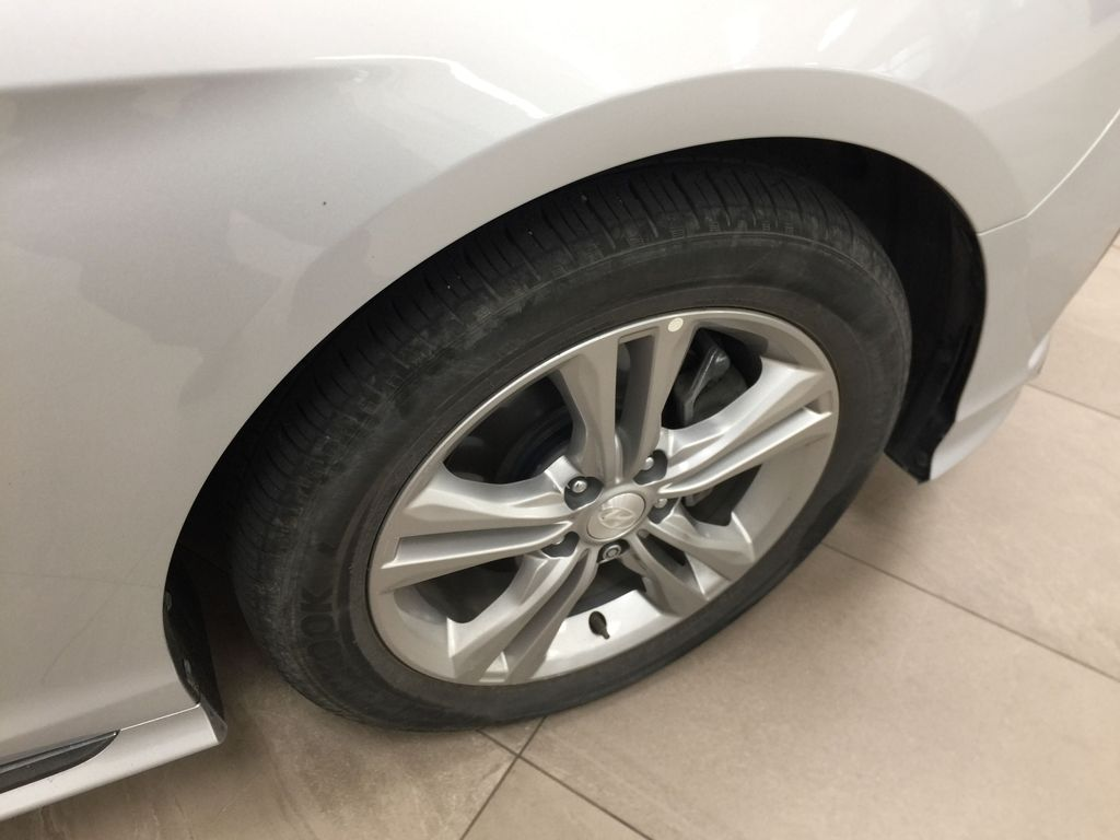 Silver[Platinum Silver] 2019 Hyundai Sonata SPORT PACKAGE Right Front Rim and Tire Photo in Sherwood Park AB
