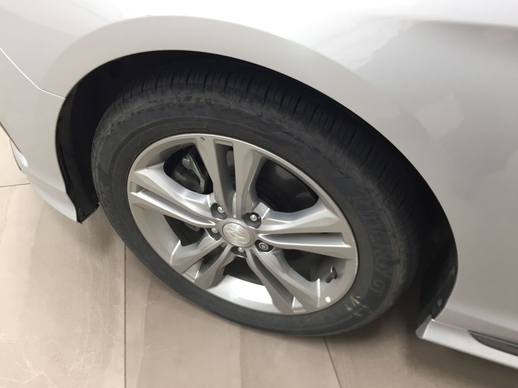 Silver[Platinum Silver] 2019 Hyundai Sonata SPORT PACKAGE Left Front Rim and Tire Photo in Sherwood Park AB