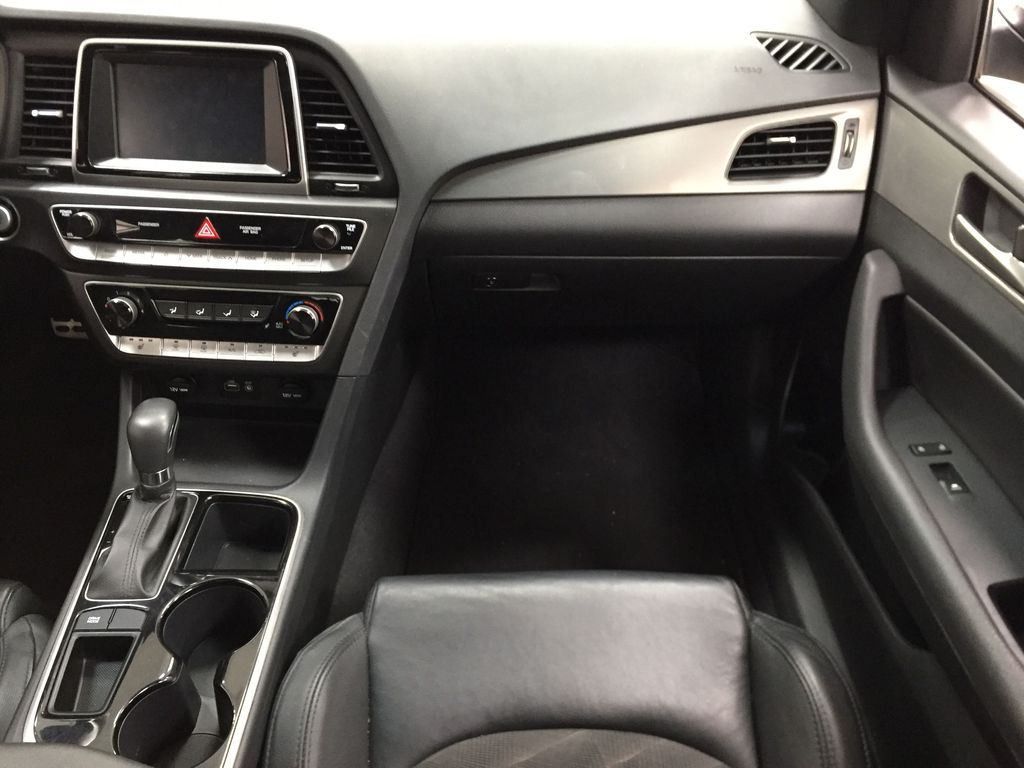 Silver[Platinum Silver] 2019 Hyundai Sonata SPORT PACKAGE Right Front Seat Photo in Sherwood Park AB