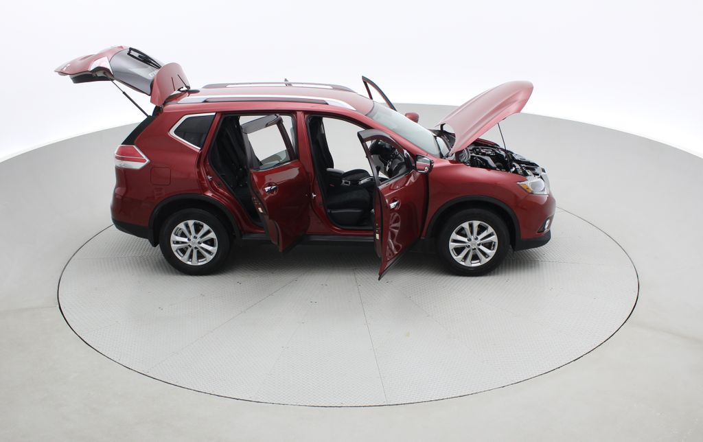 Red[Cayenne Red Metallic] 2016 Nissan Rogue SV AWD - Heated Seats, Backup Camera, Alloy Wheels Right Side Photo in Winnipeg MB