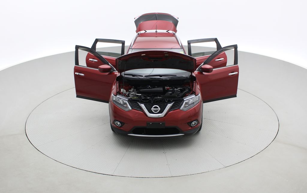 Red[Cayenne Red Metallic] 2016 Nissan Rogue SV AWD - Heated Seats, Backup Camera, Alloy Wheels Front Vehicle Photo in Winnipeg MB