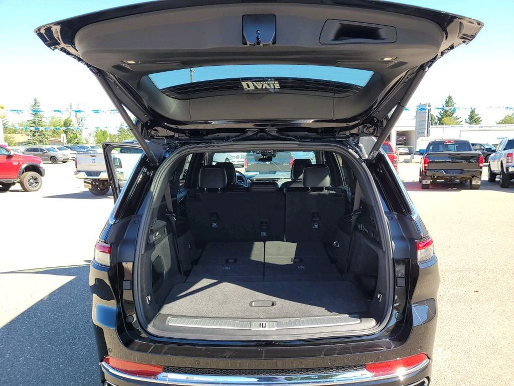 Black 2021 Jeep Grand Cherokee L Trim Specific Photo in Fort Macleod AB