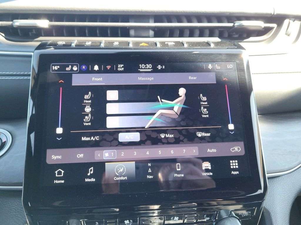 Black 2021 Jeep Grand Cherokee L Central Dash Options Photo in Fort Macleod AB