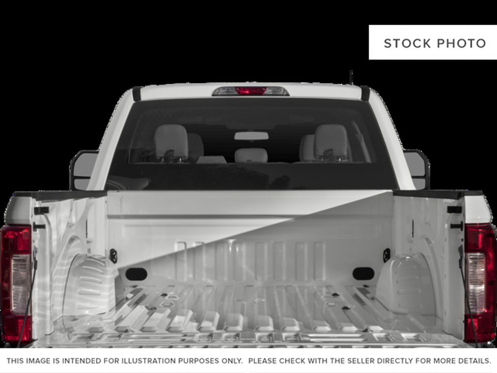 White[Oxford White] 2017 Ford Super Duty F-350 SRW Trunk / Cargo Area Photo in Fort Macleod AB