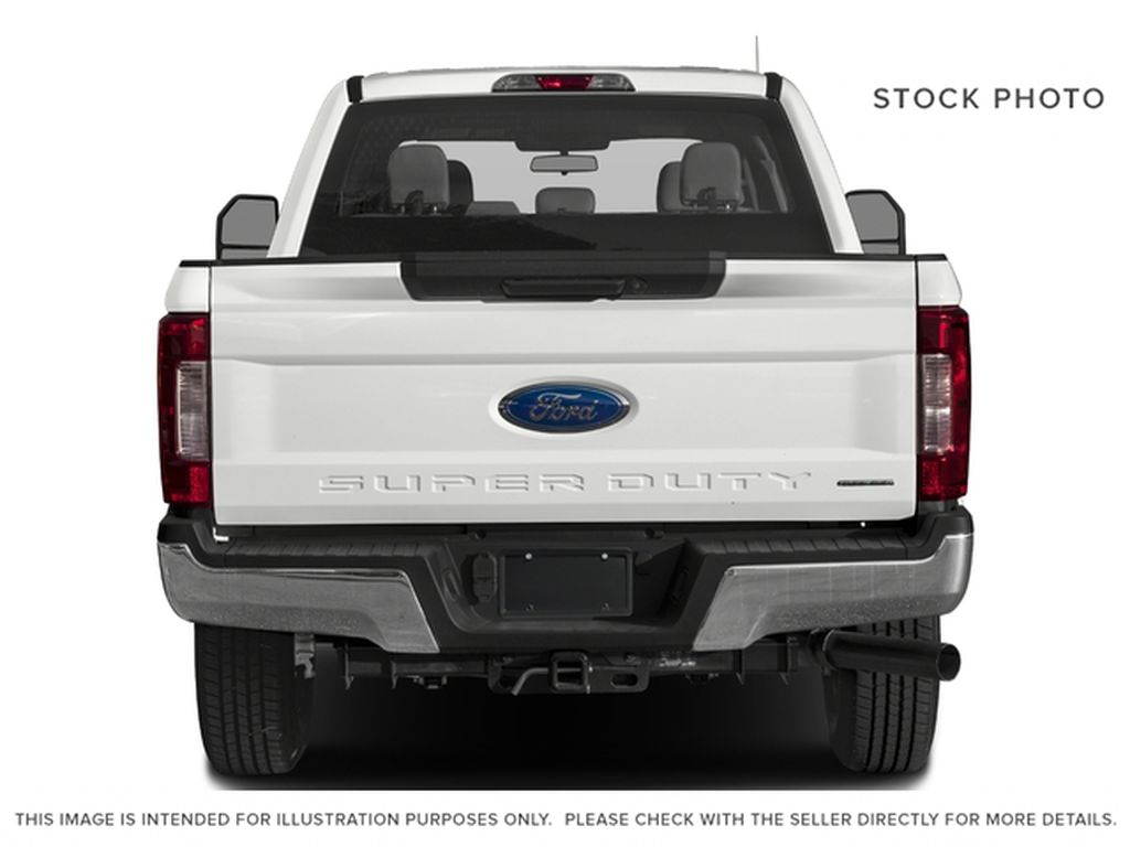 White[Oxford White] 2017 Ford Super Duty F-350 SRW Rear of Vehicle Photo in Fort Macleod AB