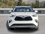 White[Blizzard Pearl] 2021 Toyota Highlander Front Vehicle Photo in Kelowna BC