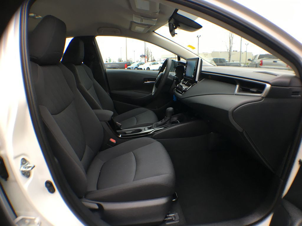 Super White 2021 Toyota Corolla LE Standard Package BPRBLC AM Right Rear Interior Door Panel Photo in Brampton ON