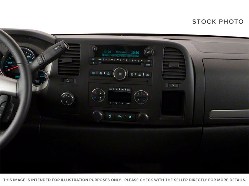 White[Summit White] 2012 GMC Sierra 1500 Central Dash Options Photo in Fort Macleod AB