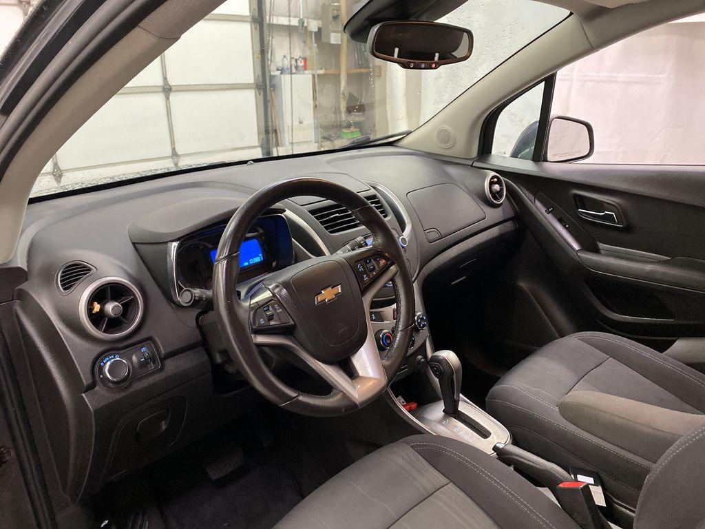 2015 Chevrolet Trax Strng Wheel/Dash Photo: Frm Rear in Dartmouth NS