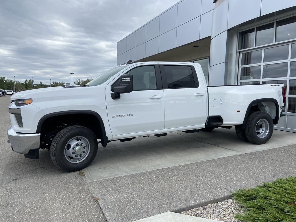 White[Summit White] 2021 Chevrolet Silverado 3500HD LT Left Front Corner Photo in Calgary AB