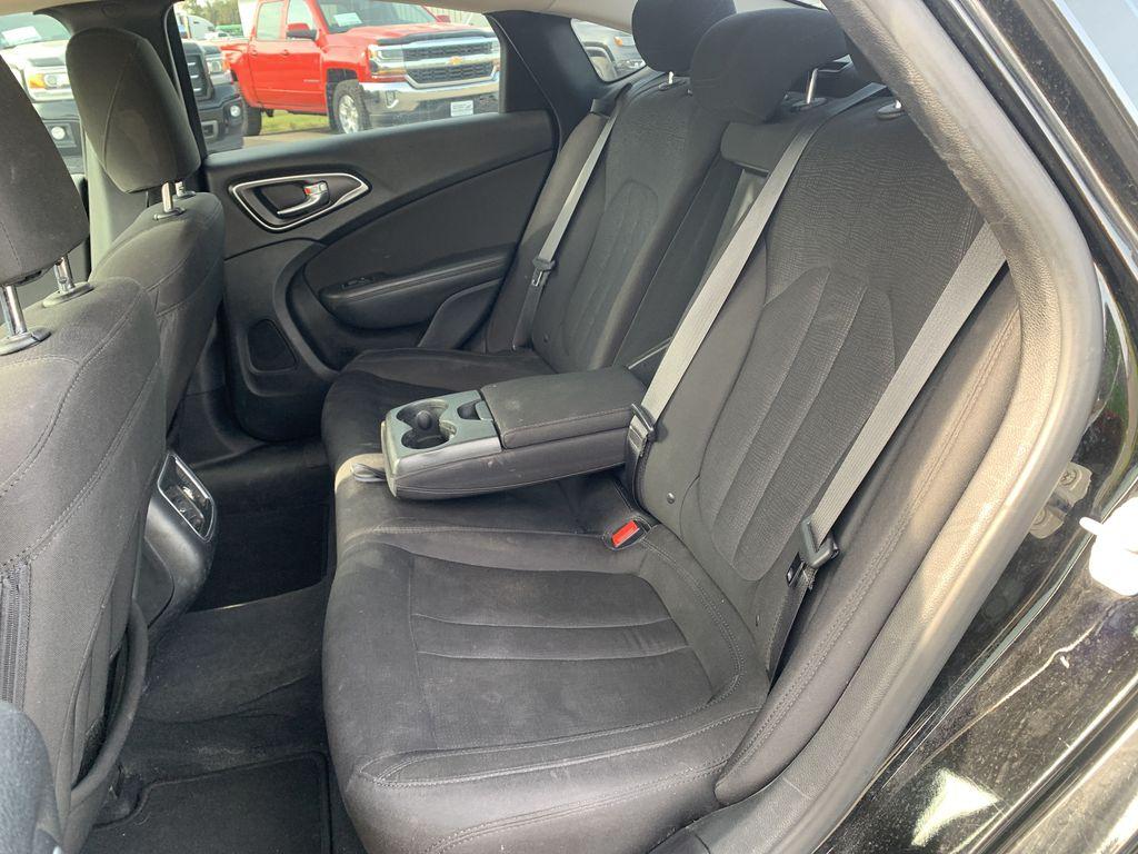Black[Gloss Black] 2015 Chrysler 200 Rear Seat Photo in Brandon MB