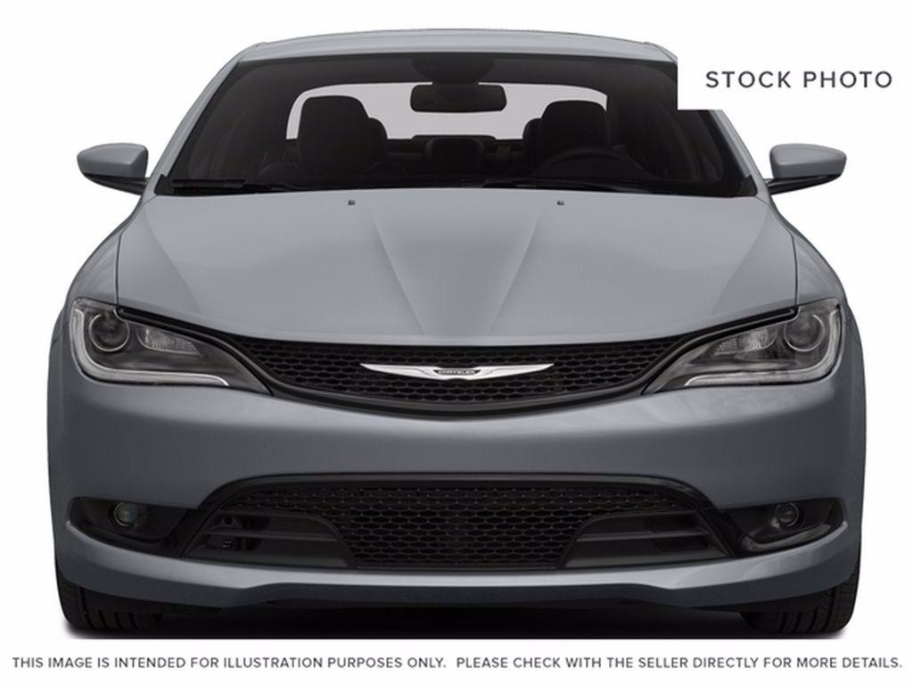 Black[Gloss Black] 2015 Chrysler 200 Left Front Interior Door Panel Photo in Brandon MB
