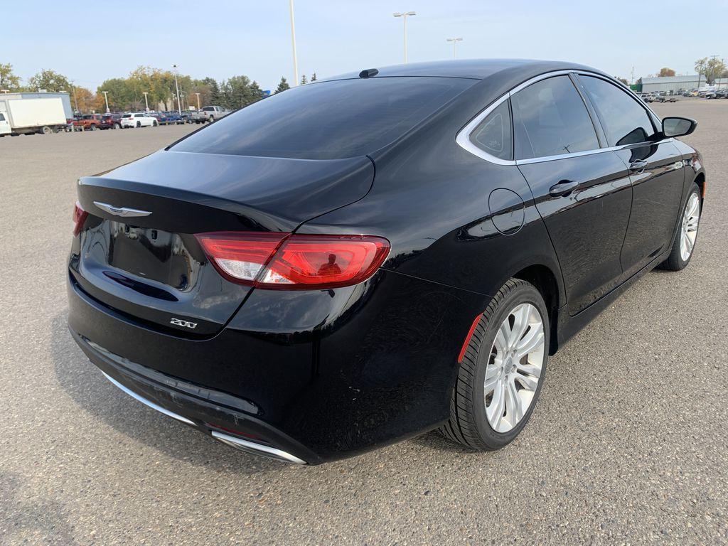 Black[Gloss Black] 2015 Chrysler 200 Right Rear Corner Photo in Brandon MB