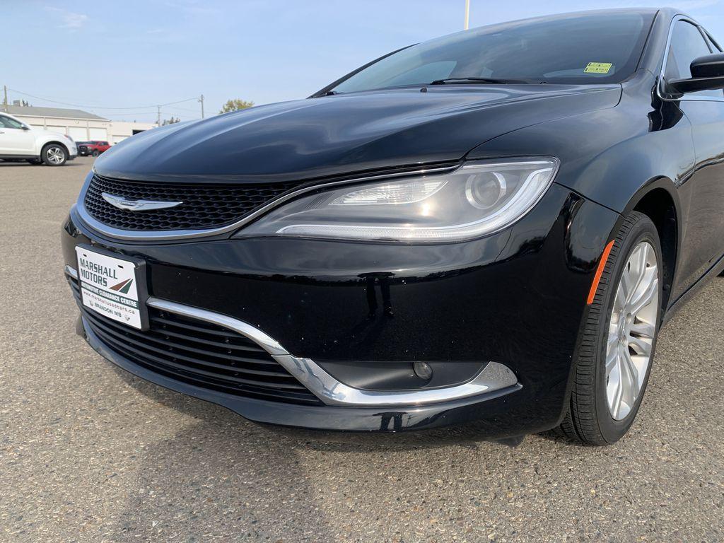 Black[Gloss Black] 2015 Chrysler 200 Left Front Head Light / Bumper and Grill in Brandon MB