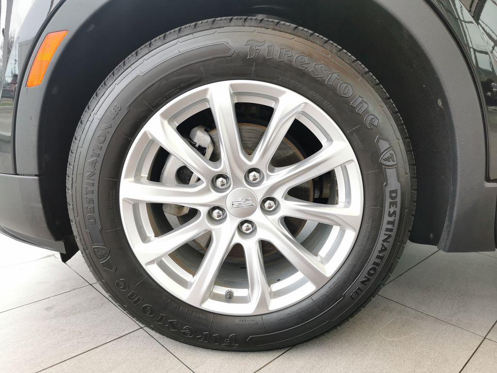 Black[Stellar Black Metallic] 2019 Cadillac XT4 Left Front Rim and Tire Photo in Edmonton AB