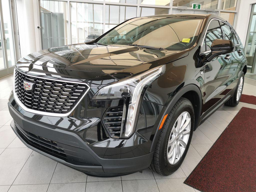 Black[Stellar Black Metallic] 2019 Cadillac XT4 Left Front Corner Photo in Edmonton AB
