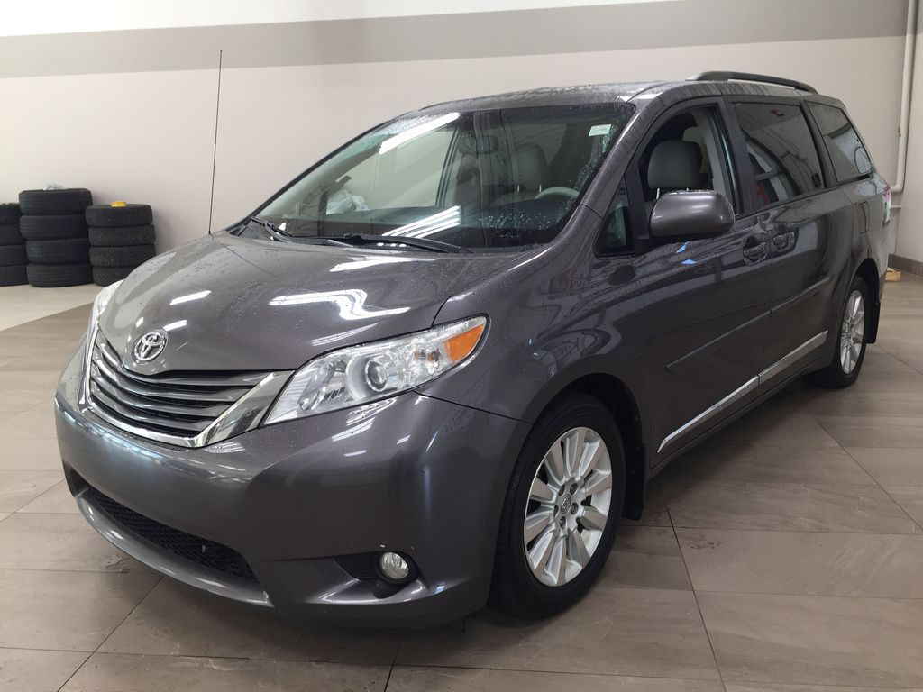 Gray[Pre-Dawn Grey Mica] 2014 Toyota Sienna XLE AWD Left Front Corner Photo in Sherwood Park AB
