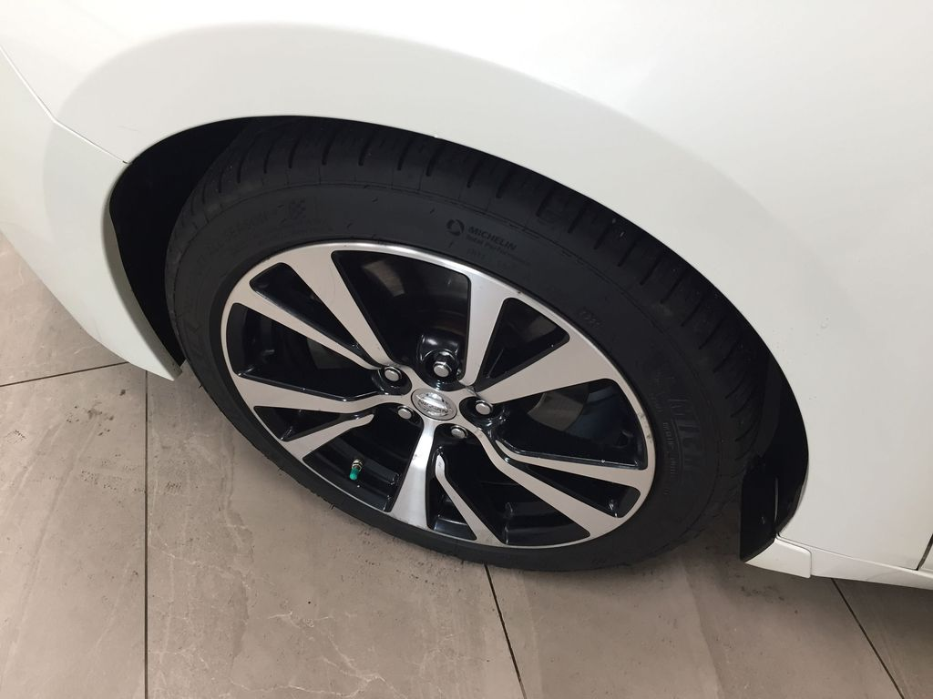White[Pearl White] 2018 Nissan Maxima SV Left Front Rim and Tire Photo in Sherwood Park AB