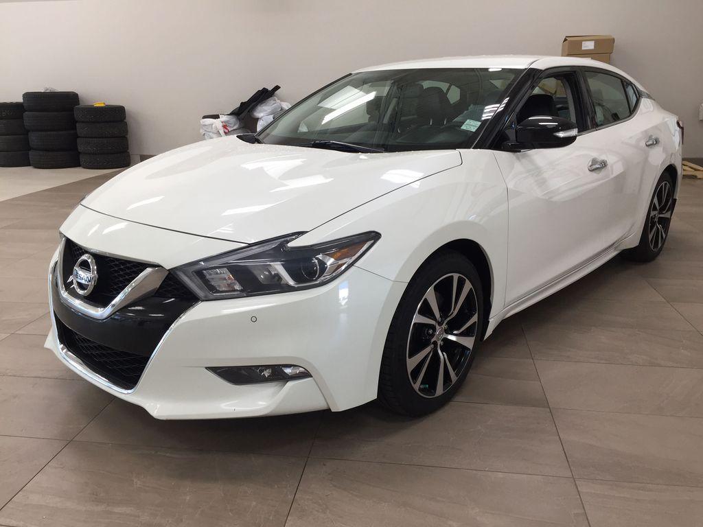White[Pearl White] 2018 Nissan Maxima SV Left Front Corner Photo in Sherwood Park AB
