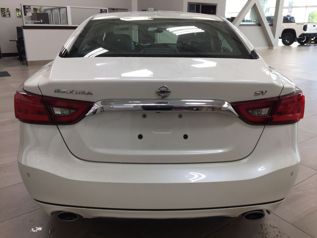 White[Pearl White] 2018 Nissan Maxima SV Rear of Vehicle Photo in Sherwood Park AB
