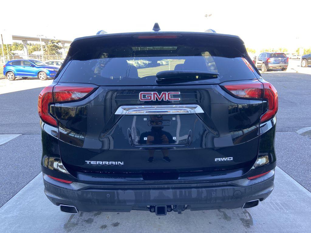 Black[Ebony Twilight Metallic] 2020 GMC Terrain SLE Rear of Vehicle Photo in Calgary AB