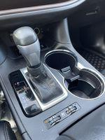 White[Blizzard Pearl] 2018 Toyota Highlander Right Rear Corner Photo in Brampton ON